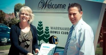 Award presentation of employer of the year to Warrnambool Bowls Club
